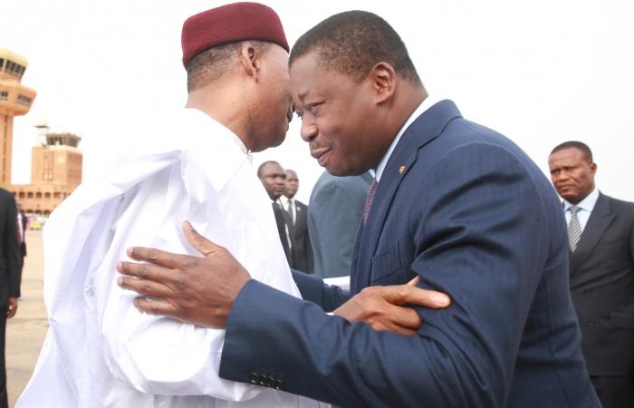 Les présidents Faure Gnassingbé et Mahamadou Issoufou à Niamey le 5 octobre 2017 (2)