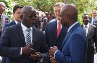 Discussion entre Robert Dussey et Germain Meba, Président de la Chambre de Commerce et d'Industrie du Togo (CCIT)