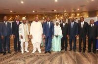 Faure Gnassingbé et Gilchrist Olympio en compagnie de Awa Nana Presidente du HCCRUN