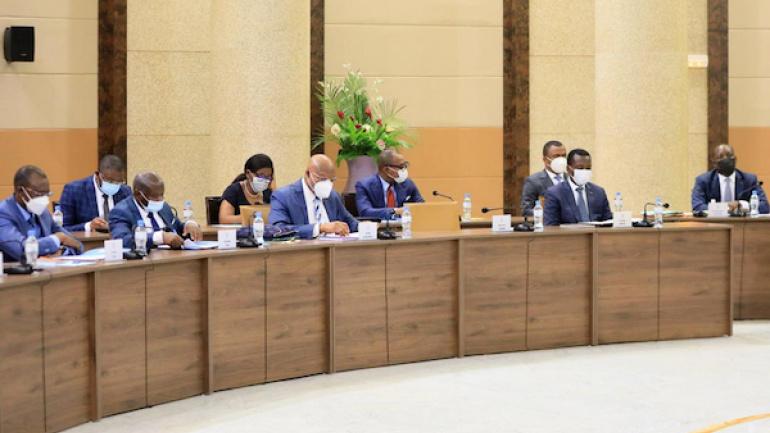 conseil-des-ministres-quatre-projets-de-decret-quatre-communications
