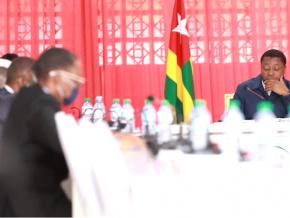 conseil-des-ministres-trois-projets-de-decret-cinq-communications-et-un-compte-rendu