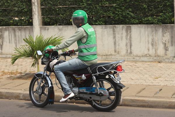 le-gouvernement-suspend-temporairement-les-dernieres-mesures-relatives-aux-transports-urbains
