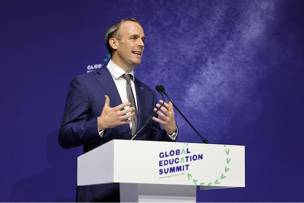le-chef-de-l-etat-participe-au-sommet-mondial-sur-l-education-a-londres