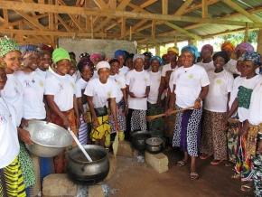 education-du-3-au-22-septembre-l-agence-nationale-d-appui-au-developpement-a-la-base-a-forme-912-mamans-cantines