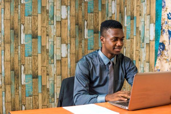 des-financements-en-perspective-pour-des-jeunes-entrepreneurs-francophones-du-togo-et-du-benin