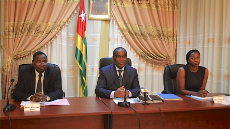 togo-le-projet-presidentiel-school-assur-touche-deja-pres-de-1-5-million-d-eleves-sur-tout-le-territoire-national