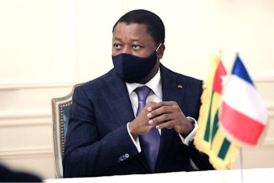 le-chef-de-l-etat-attendu-au-sommet-de-paris-sur-les-economies-africaines-la-semaine-prochaine