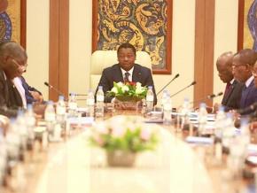 conseil-des-ministres-le-gouvernement-adopte-un-projet-de-loi-et-un-decret