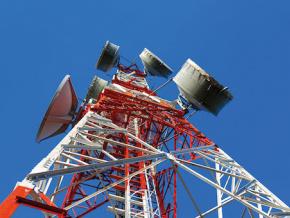 lome-et-accra-travaillent-a-resoudre-les-problemes-d-interferences-telecoms-a-leurs-frontieres