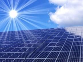 le-togo-obtient-un-financement-de-15-millions-du-fonds-de-developpement-d-abou-dhabi-pour-la-construction-d-une-centrale-solaire