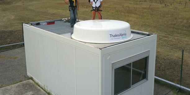 le-togo-s-equipe-de-la-station-meolut-next-derniere-generation-qui-detecte-tout-signal-de-detresse-dans-un-rayon-de-3000-km