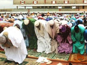 pas-de-prieres-de-fin-de-ramadan-sur-les-esplanades-cette-annee