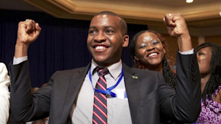 25-de-la-commande-publique-aux-jeunes-et-femmes-des-resultats-et-encore-des-efforts-a-fournir