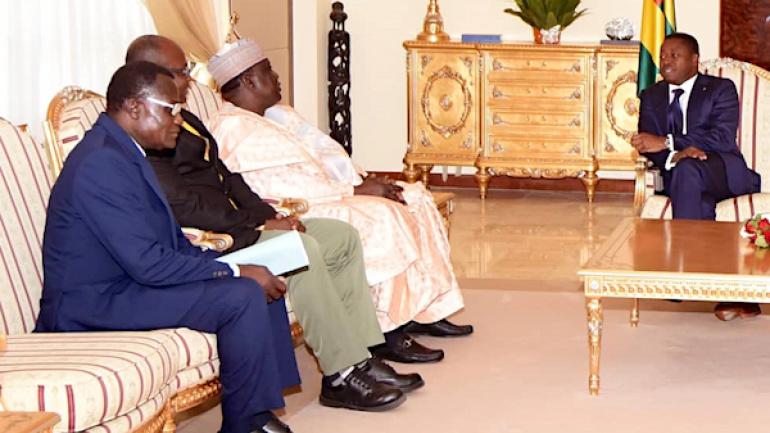 le-chef-de-l-etat-a-recu-le-president-de-la-confederation-africaine-d-athletisme