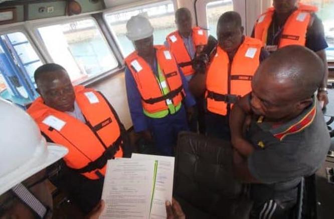 39-navires-togolais-inspectes-par-l-administration-maritime-dans-le-cadre-d-une-campagne-de-visite-annuelle