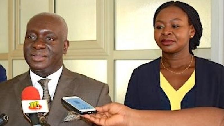 le-chef-de-l-etat-s-est-entretenu-avec-une-delegation-du-fonds-africain-de-garantie