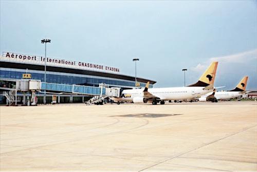 l-aeroport-de-lome-conforme-a-80-aux-normes-de-l-oaci