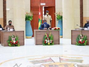 conseil-des-ministres-cinq-avant-projets-de-loi-et-trois-communications