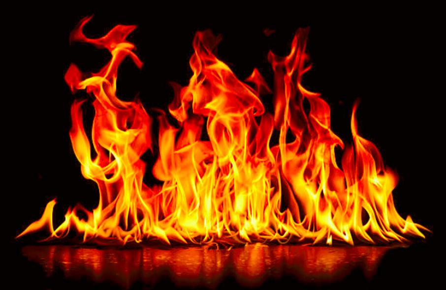 le-stockage-illicite-de-produits-petroliers-provoque-des-incendies-et-un-deces-dans-deux-villes