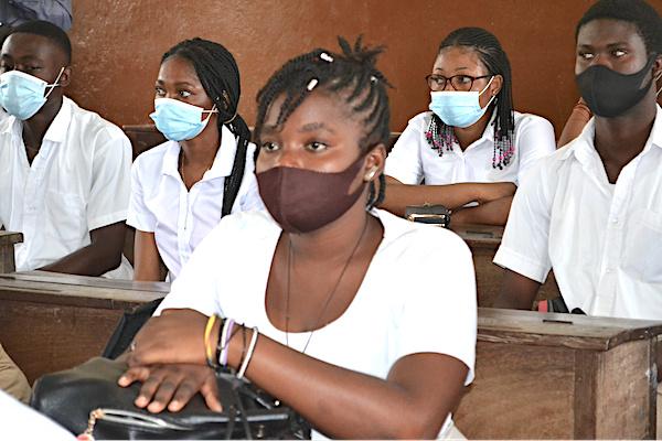 enseignement-technique-pas-plus-de-40-eleves-par-classe-a-l-horizon-2025