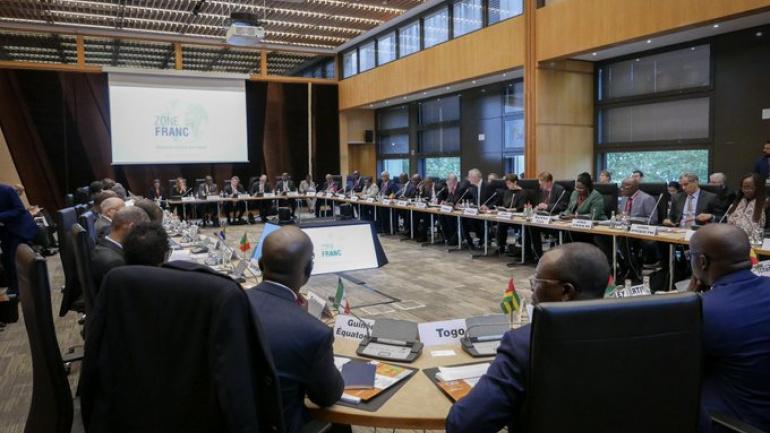 reunion-de-la-zone-franc-a-paris-sur-fond-de-developpement-economique-et-lutte-contre-le-blanchiment