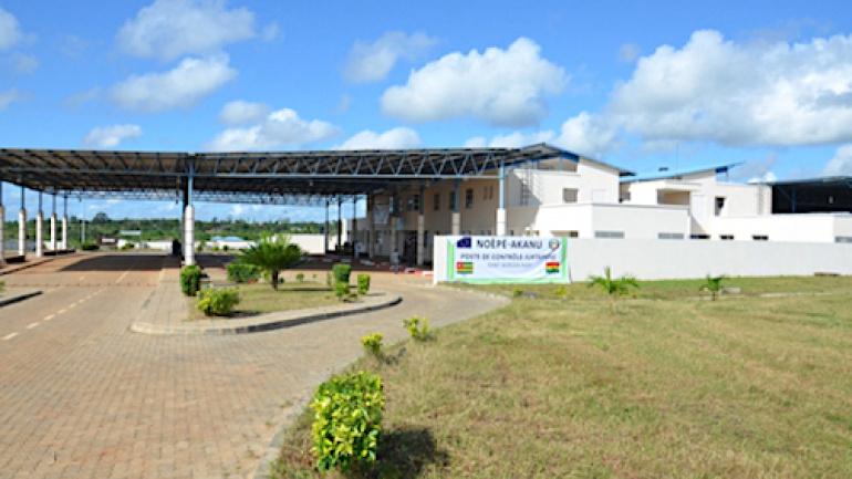 le-poste-de-controle-juxtapose-de-noepe-akanu-en-activite-des-le-1er-novembre