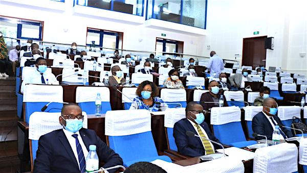 le-debat-d-orientation-budgetaire-lance-au-parlement