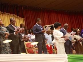 le-togo-rend-hommage-au-pere-de-la-nation-decede-il-y-a-15-ans