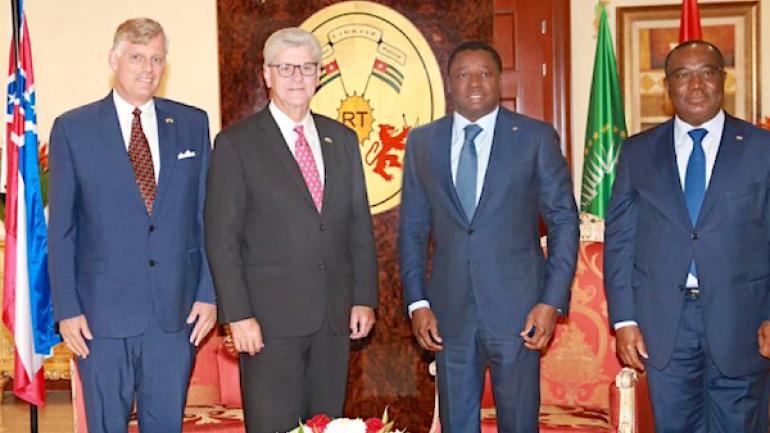 en-visite-de-travail-le-gouverneur-de-l-etat-du-mississippi-s-informe-sur-la-vision-de-developpement-du-togo