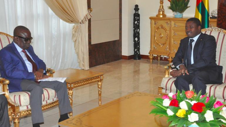 le-chef-de-l-etat-s-est-entretenu-avec-le-ministre-ghaneen-de-la-securite