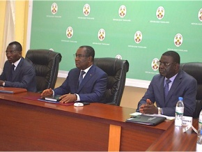 secteur-de-la-sante-le-gouvernement-salue-les-avancees-et-confirme-des-discussions-pour-le-11-mai