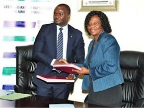 l-ong-aimes-afrique-offrira-des-bourses-d-etudes-aux-etudiants-les-plus-brillants-de-l-universite-de-lome