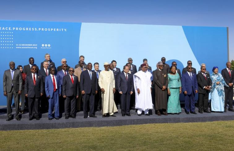 le-premier-ministre-prend-part-en-egypte-au-forum-sur-la-paix-la-securite-et-le-developpement-en-afrique