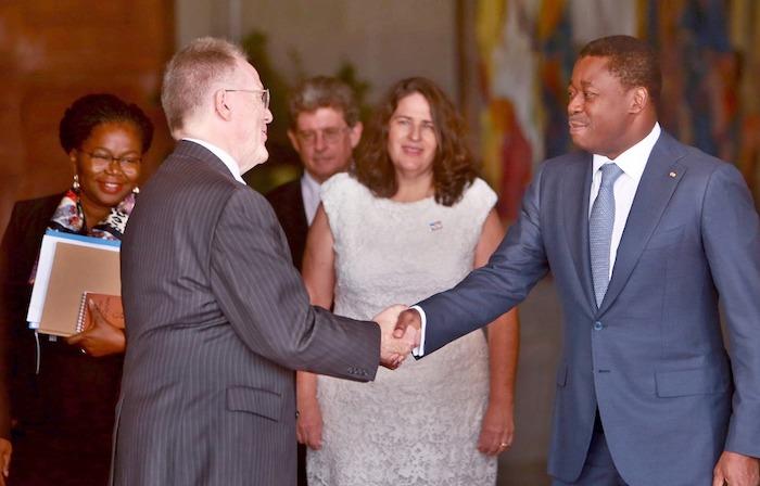 le-chef-de-l-etat-recoit-l-ambassadeur-des-etats-unis-en-fin-de-mission